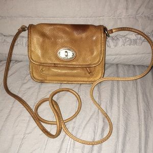 Fossil Vintage Leather Crossbody Pouch